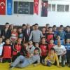 Kozan Belediyespor güreş takımı grup halinde 3. oldu