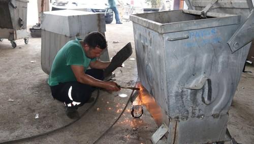 Kozan Belediyesi Çöp Konteynırlarına Bakım Ve Onarım çalışmalarına devam ediyor