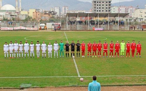 Kozan Belediyespor Çanakkale'yi 3 Golle Devirdi