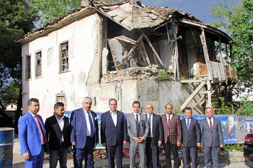 Belediyemiz Çamurdan Konağını Restorasyona Hazırlıyor