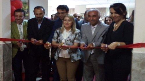 Kozan Koleji'nde 'Yıl Sonu Resim Sergisi'