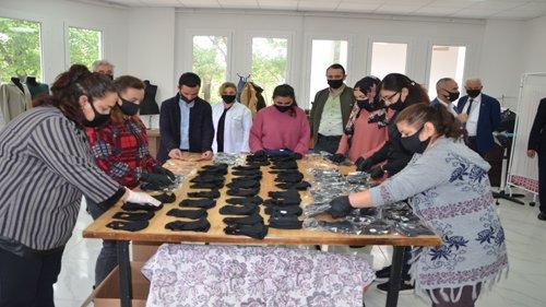 Kozan Belediyesi  toplum sağlığı için maske üretime geçti