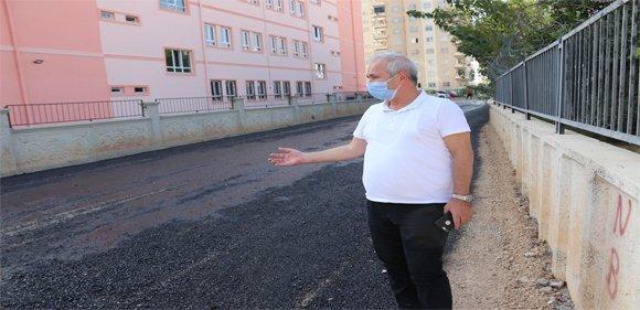 Kozan Belediyesi yol asfaltlama çalışması