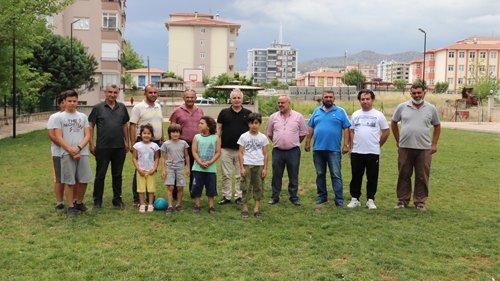 Kozan Belediyesi'nden  Semt Sahası