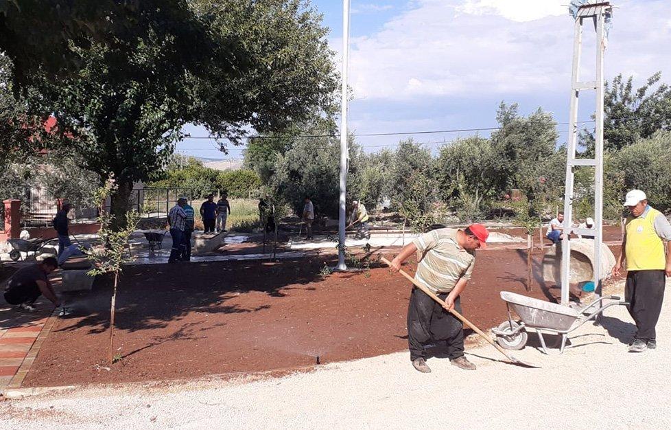 Kozan'da Işıklı Mahallesine Park yapımı